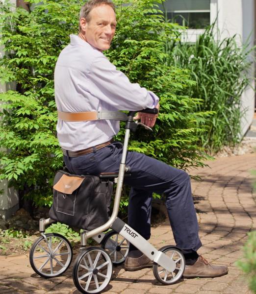 Trust Care Rückengurt für Rollator Let's go out