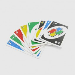 Uno-Karten Care Tec mit Braillemarkierung